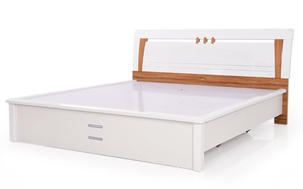 Dafne Queen Size Bed With Hydraulic Storage and Reflective High Gloss Finish
