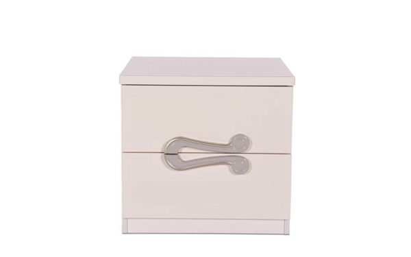 Sylvia Side Table with Reflective High Gloss Finish